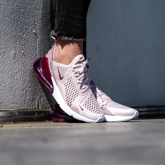 sports shoes d22f8 99387 Nike Women s Air Max 270 Casual Shoes. M 5b62abd303087c630b8f5ba3